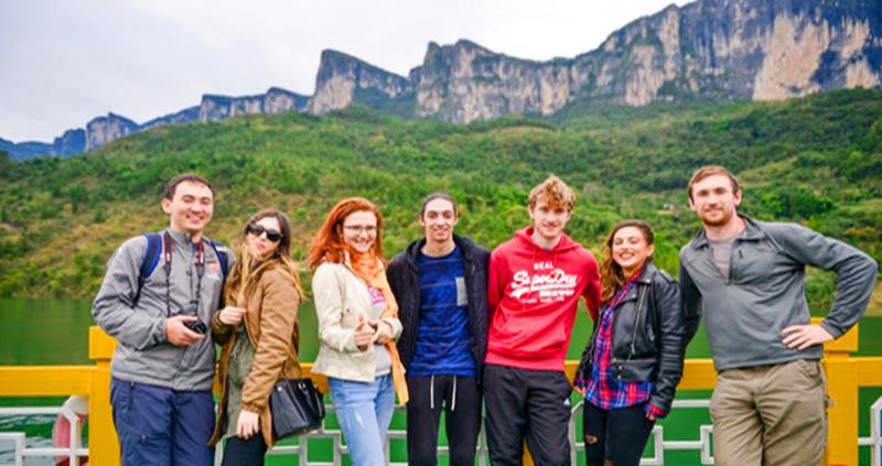 7 Days Zhangjaijie with Enshi Grand Canyon Tour